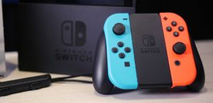 Nintendo Switch cala ufficialmente di prezzo ed è subito in offerta su Amazon Italia