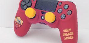 Dualshock PS4: arriva il Controller Kit protettivo ufficiale della AS Roma